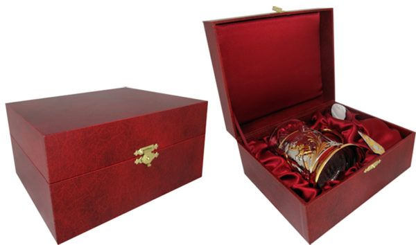 Подарочный футляр для подстаканника (красный)